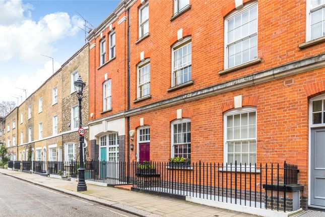 Thumbnail Terraced house for sale in Maunsel Street, London