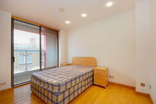 Master Bedroom of New Wharf Road, London N1