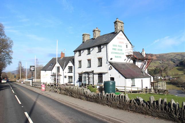 Thumbnail Pub/bar for sale in Corwen LL21, Glyndyfrdwy, Denbighshire