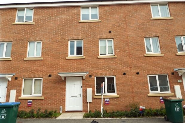 Town house to rent in Signals Drive, New Stoke Village CV3, Coventry