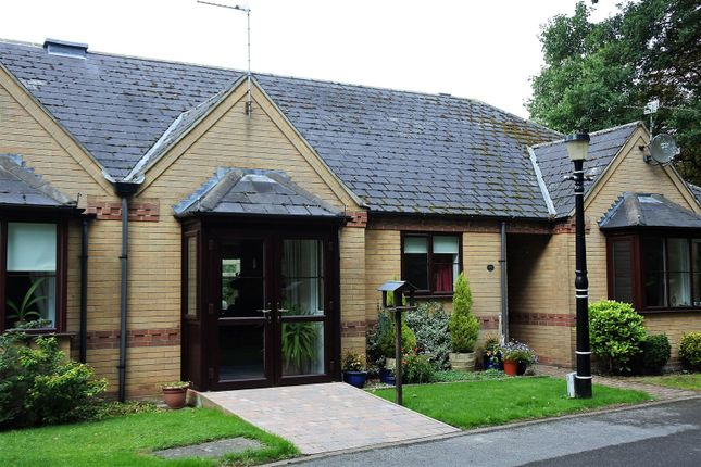 Thumbnail Bungalow for sale in Arnoldfield Court, Gonerby Road, Gonerby Hill Foot, Grantham