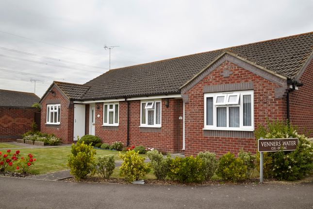 Thumbnail Bungalow for sale in Didcot, Ocfordshire