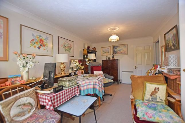 Living Room of Windsor Court, Mount Wise, Newquay TR7