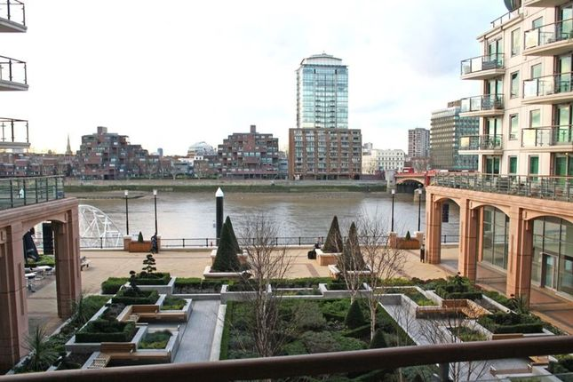 Thumbnail Flat to rent in St. George Wharf, London