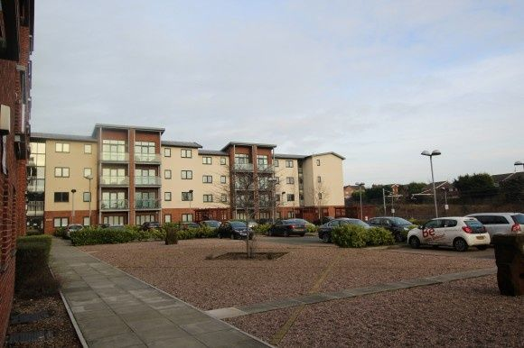 Thumbnail Flat to rent in 28 Bridgefield Court, Bridge Road, Prescot
