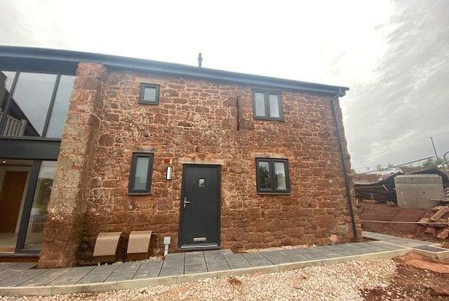 Thumbnail Barn conversion to rent in Finch Close, Alphington, Exeter, Devon