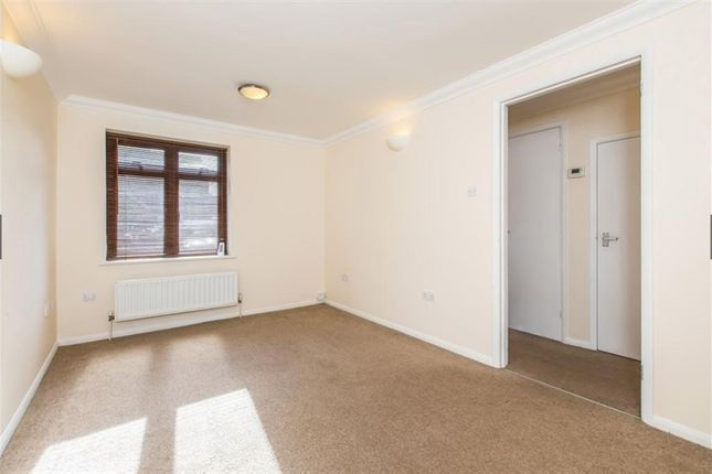 1 bed flat to rent in Mole Place, Oxford