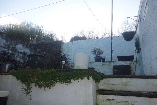 Garden of The Avenue, Pontygwaith CF43