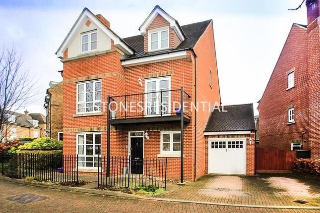 5 bed detached house for sale in Goodhall Close, Stanmore