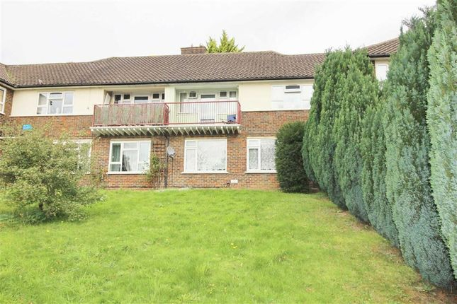 1 bed flat to rent in Thirsk Road, Borehamwood