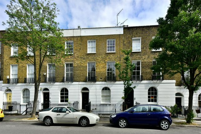 Thumbnail Maisonette to rent in Gerrard Road, Islington, London