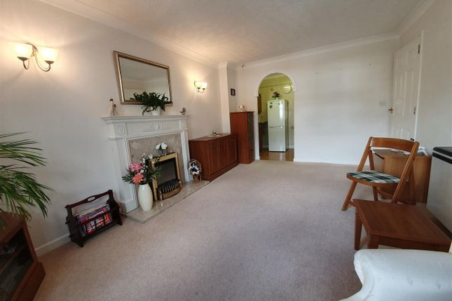 Thumbnail 1 bed flat to rent in Barum Court, Litchdon Street, Barnstaple