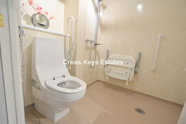 Wet Room of Millbay Road, Stonehouse, Plymouth PL1