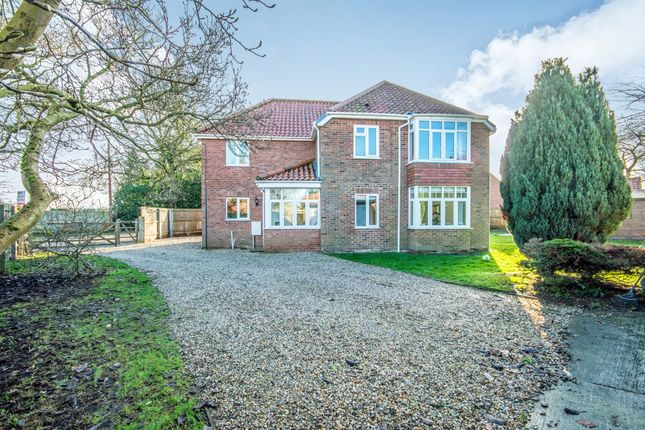 Thumbnail Detached house for sale in Stone Road, Yaxham, Dereham
