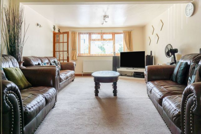 Reception Room of Roundhill Road, Leicester LE5