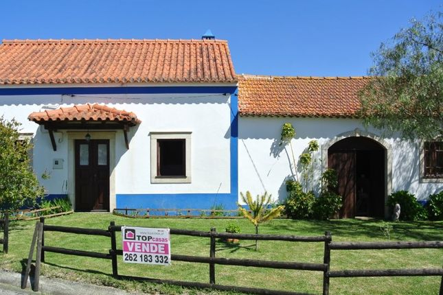 4 bed detached house for sale in Alfeizerão, Alfeizerão, Alcobaça