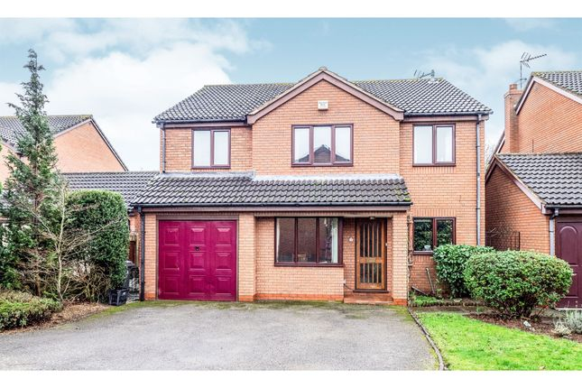 Thumbnail Detached house for sale in Debden Close, Wellesbourne, Warwick