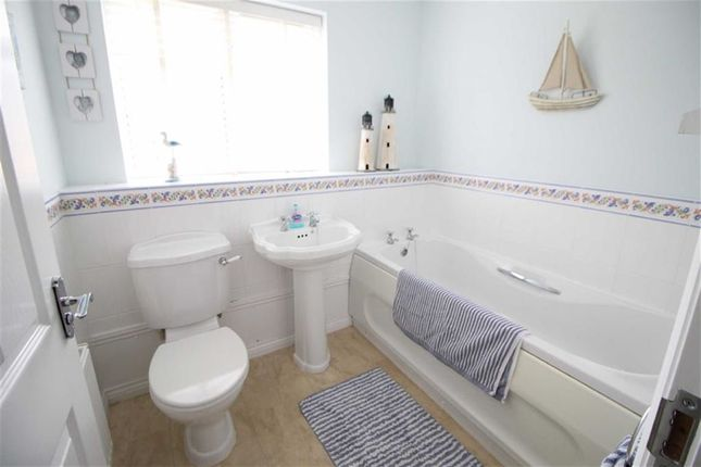 Bathroom of Ashdene Gardens, Belper DE56