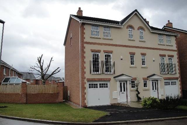 Thumbnail Property to rent in Drayton Close, Briarswood Village, Warrington
