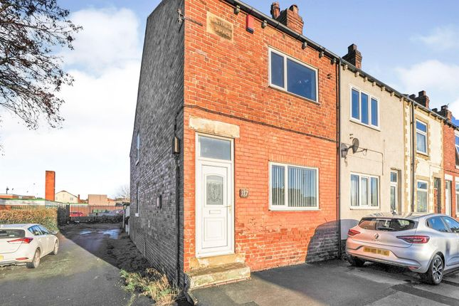 2 bed end terrace house to rent in Wakefield Road, Featherstone, Pontefract WF7