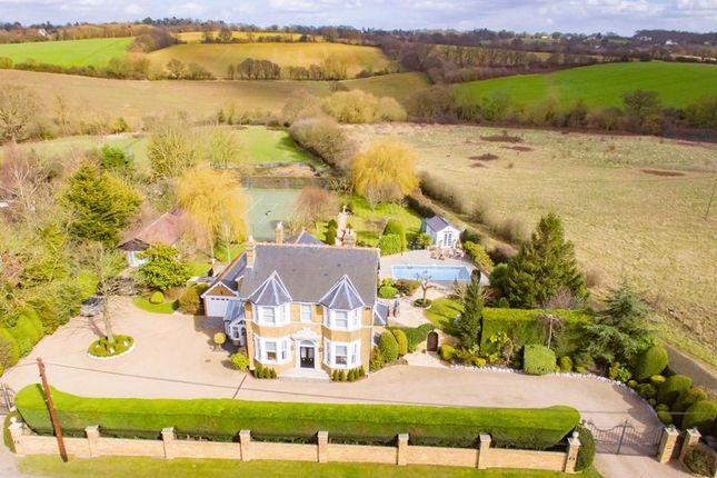 Thumbnail Property for sale in Gravel Lane, Chigwell