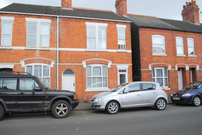 Thumbnail Terraced house to rent in Upper Queen Street, Rushden