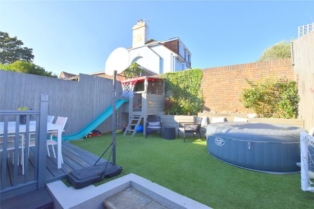 Picture No. 14 of Abbotts View, Lancing, West Sussex BN15
