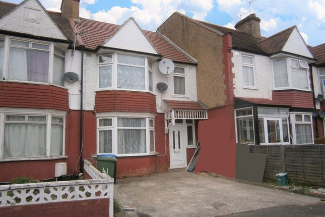 Thumbnail Terraced house to rent in Park Road, Wembley