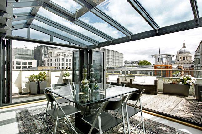 Thumbnail Flat to rent in New Bridge Street, London
