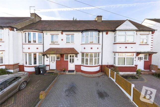 Thumbnail Terraced house to rent in The Fairway, Gravesend, Kent