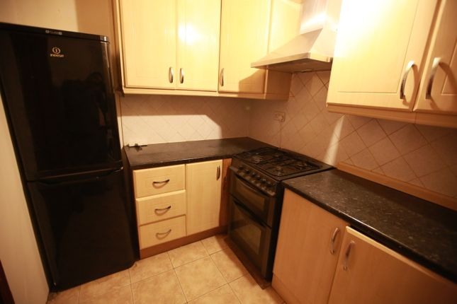 2 bed flat to rent in Cranleigh Gardens, Southall