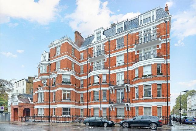 Thumbnail Flat for sale in Prince Edward Mansions, Moscow Road