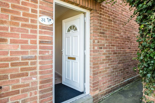 2 bed flat for sale in Cutler Road, Bristol