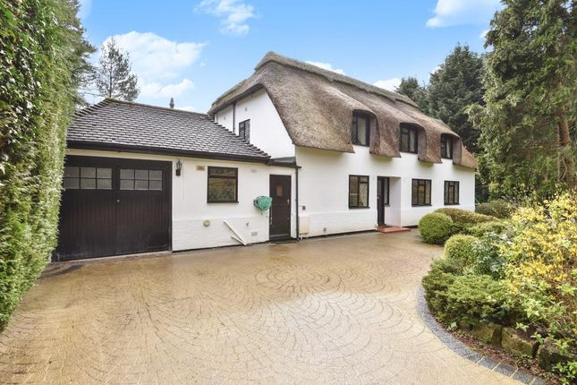 Thumbnail Detached house to rent in Fireball Hill, Sunningdale