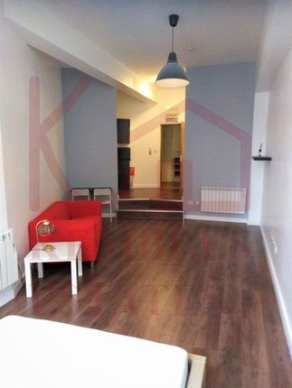 Thumbnail Studio to rent in Flat 8, Citygate, - St. Sepulchre Gate, Doncaster