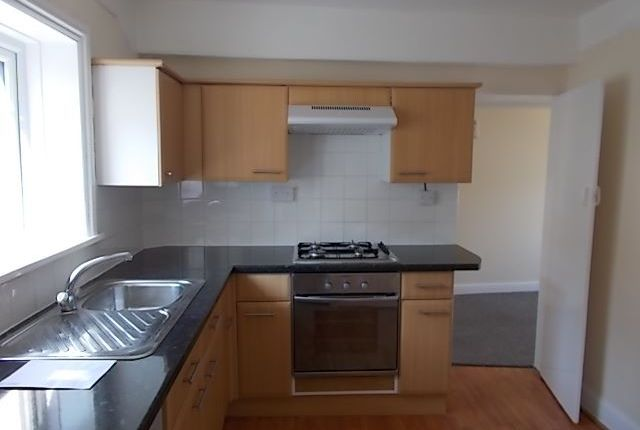 Thumbnail Flat to rent in Tower Street, Exmouth