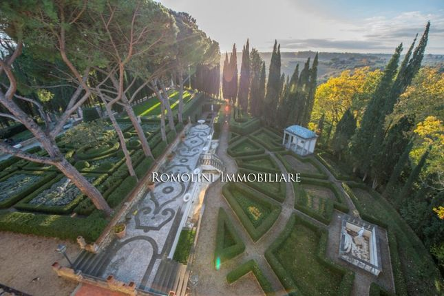 Luxury Villa For Sale In Florence