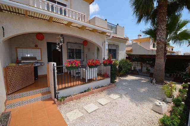 3 bed terraced house for sale in Calle Nispero, Los Dolses, Villamartin, Orihuela Costa, Alicante, Spain