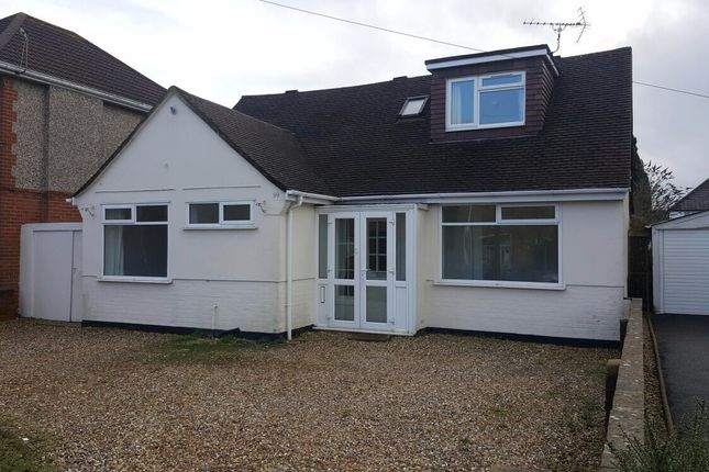 5 bed bungalow to rent in Mossley Avenue, Poole