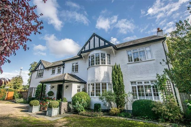 Thumbnail Detached house for sale in North Road, Hertford, Hertfordshire