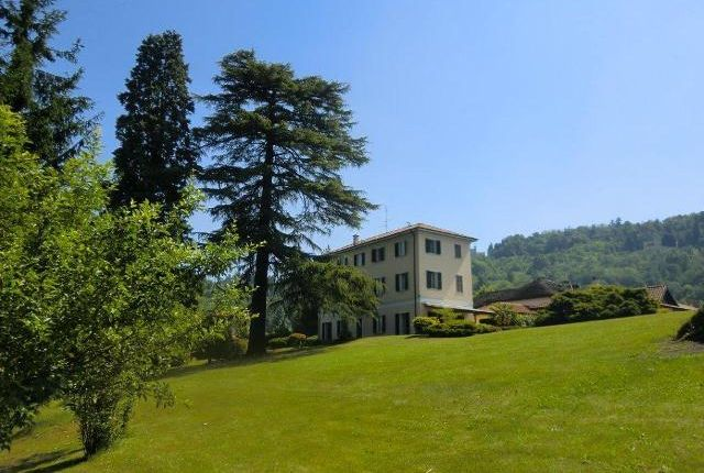 Picture No.03 of Period Villas, Lake Orta, Piemonte