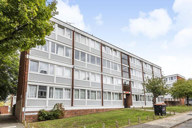 Thumbnail Flat to rent in Bordon Walk, London