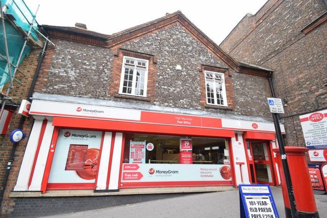 Thumbnail Flat to rent in Castle Street, High Wycombe, Bucks
