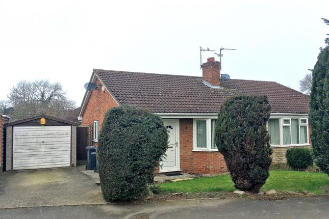 2 bed semi-detached bungalow to rent in Shire Road, Thirsk