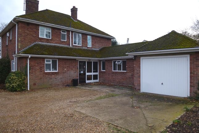Thumbnail Detached house for sale in Barton Road, Wisbech