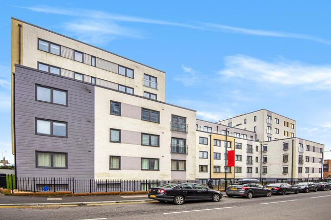 Thumbnail Flat to rent in West Central, Stoke Road