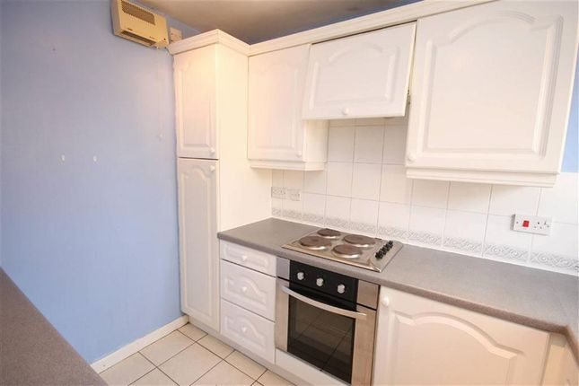 Thumbnail Flat to rent in Eastwood Rd, Seven Kings