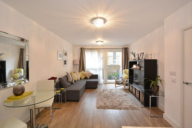 Thumbnail Flat for sale in Copenhagen Court, Greenland Place