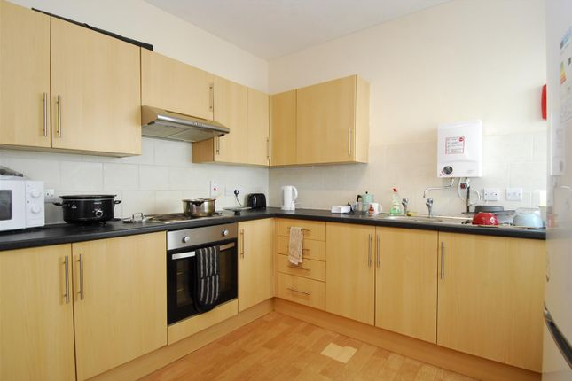 Thumbnail Flat to rent in Gilwell Street, Flat 1, Plymouth