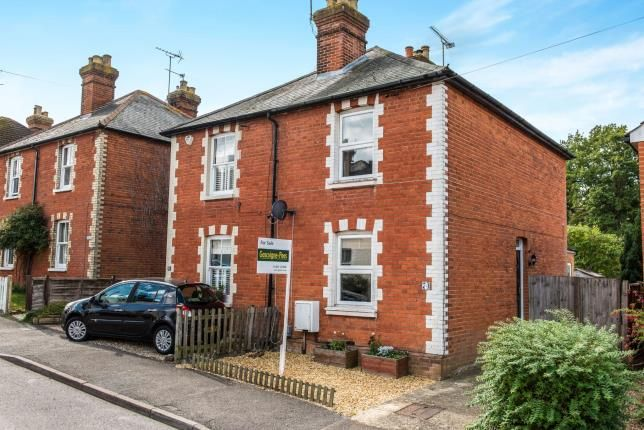 3 bed semi-detached house for sale in Guildford, Surrey